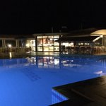 Φωτογραφία: Zorbas Beach Village Hotel