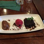 THE most AMAZING and delicious vegan dessert I have EVER had! Absolutely divine! Highly recommen