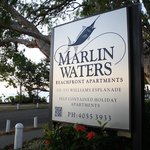 Marlin Waters Beachfront Apartments resmi