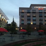 Photo de Courtyard Tacoma Downtown