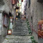 Steps from lower town to piazza