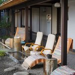 the patio with a feet onsen