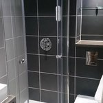 Single Rooms with Shower