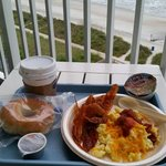 "Breakfast on our 8th floor ocean front balcony with surf ""music"".....wonderful♡♡"