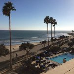 Photo de Crowne Plaza Ventura Beach