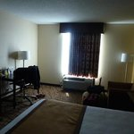 Foto de BEST WESTERN Plus Belle Meade Inn & Suites