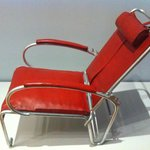 One of the first airplane seats - Rijksmu