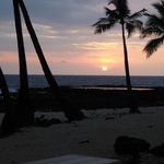 Some of Kona sunsets with a mix of vog tossed in somedays