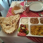 Photo de Omar's Tandoori cafe