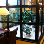 Photo de BEST WESTERN Hotel Crystal