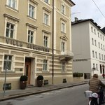 Great location for walking to sights...The hotel has 2 buildings - Hotel Auersperg and Villa Aue