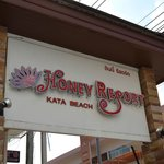 Honey Resort resmi