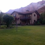 Photo of Cliffrose Lodge & Gardens