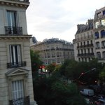 Grand Hotel de L'Avenue Parisの写真