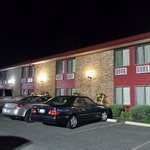 Red Carpet Inn Hillsvilleの写真