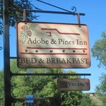 Foto de Adobe and Pines B&B