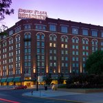 Drury Plaza Hotel Broadview - Wichita