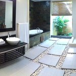 Foto de The Kunja Villas & Spa