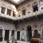 waouh ... inside the haveli !!