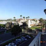 Photo de Embassy Suites Santa Ana - Orange County Airport North