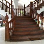 Royal Beach Resort resmi