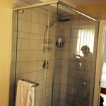 The shower of La Bretonne