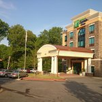 Holiday Inn Express Hotel & Suites Clemson - Univ Area resmi