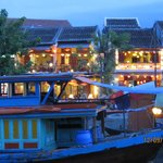 night time in hoi an
