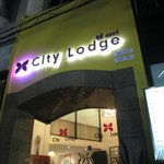 City Lodge Soi 9 resmi
