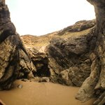 Giant sand Lice cave!