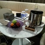 Foto Jumeirah at Etihad Towers