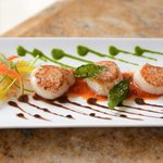 Pan Seared Scallops On Roasted Red Pepper Compote Crispy Capers