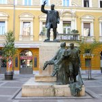 A statue of the Palazzo's former owner opposite