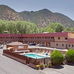 Cedar Lodge Motel Glenwood Springs