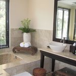 Villa Cempaka Bathroom