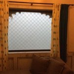 frosted glass view in all suite 4 windows