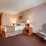 Photo of BEST WESTERN Baraboo Inn