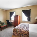 Photo of The Governor Dinwiddie Hotel & Suites