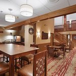 Photo de BEST WESTERN PLUS Minneapolis-Northwest