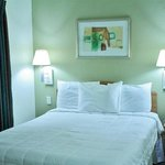 Foto de Americas Best Value Inn Winnie - Home Suites
