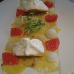 Light dessert : carpaccio of ananas