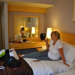Photo de Suites Hotel Knowsley