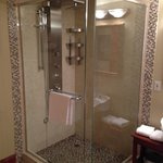 jetted shower