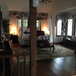 Tudor Hall B&B on Keuka Lakeの写真
