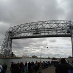 lift bridge up