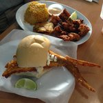 Fried Shrimp and Pan con Minuta