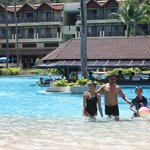 Merlin Beach Resort resmi