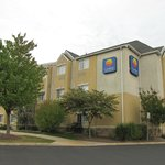 Photo de Comfort Inn & Suites Airport Dulles-Gateway
