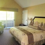 Very Comfortable and Large Room, Best Western Bard's Inn, Ashland, OR