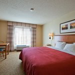 Country Inn & Suites By Carlson, Davenport, IAの写真